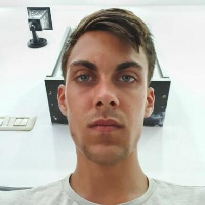 Ernst zoekt een Kamer / Studio / Appartement in Den Haag