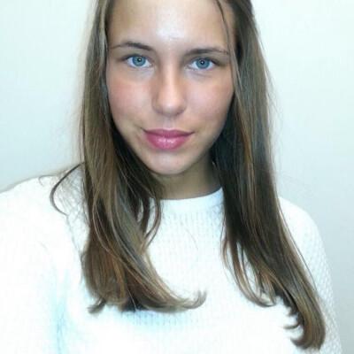 Loes Kanselaar zoekt een Kamer / Studio / Appartement in Den Haag