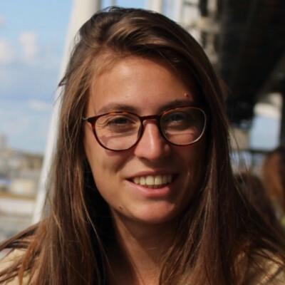 Lisa zoekt een Studio in Den Haag