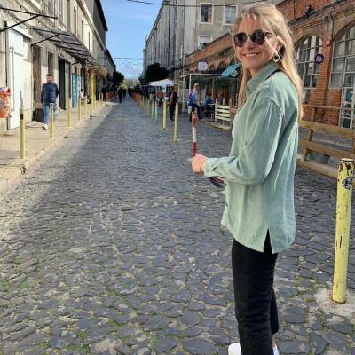 Solange zoekt een Kamer / Studio / Appartement in Den Haag